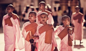 pink-monks-burma-thomas-jeppesen