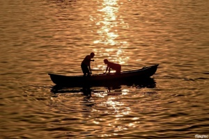 silhouette-fisherman-ajaytao